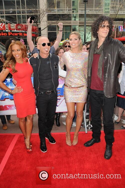 Melanie Brown, Mel B, Howie Mandel, Heidi Klum and Howard Stern 9