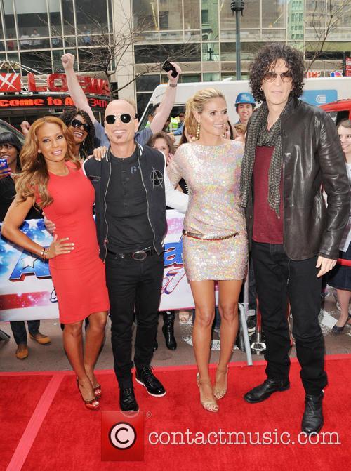 Melanie Brown, Mel B, Howie Mandel, Heidi Klum and Howard Stern 8