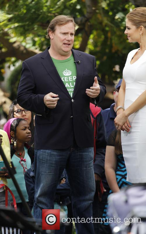 kevin farley maria menounos celebrities at the grove 3598280