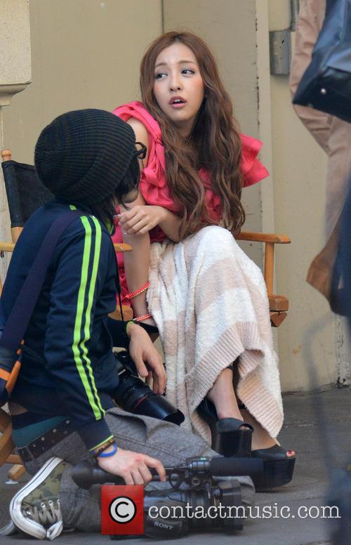Taylor Momsen and Tomomi Itano 3