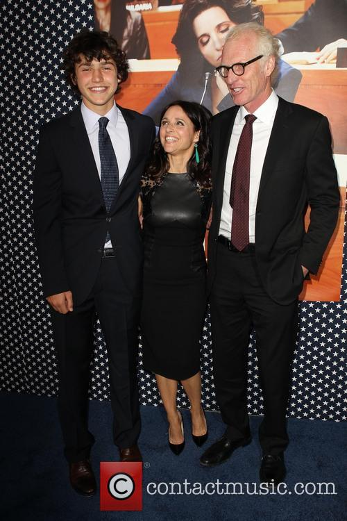 Charles Hall, Julia Louis-dreyfus and Brad Hall 5