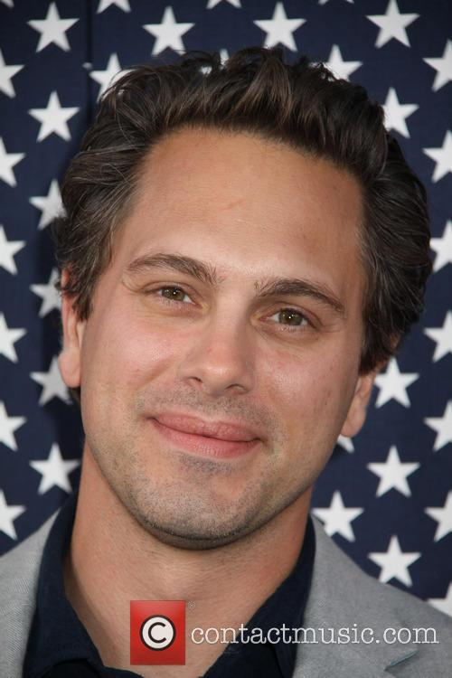 Paramount and Thomas Sadoski 10