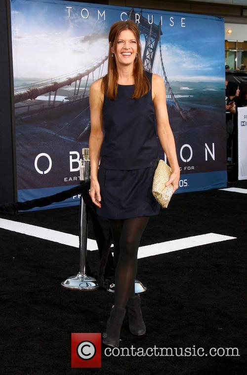 michelle stafford arrives at the oblivion premiere 3599832