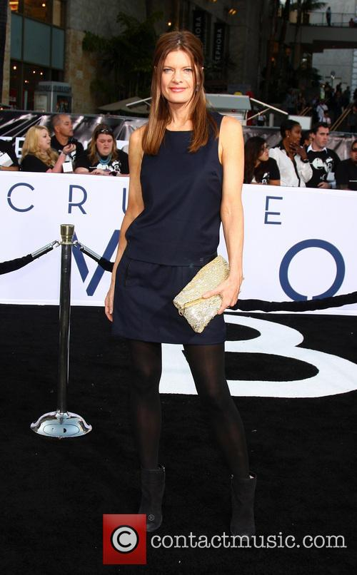 michelle stafford arrives at the oblivion premiere 3599854