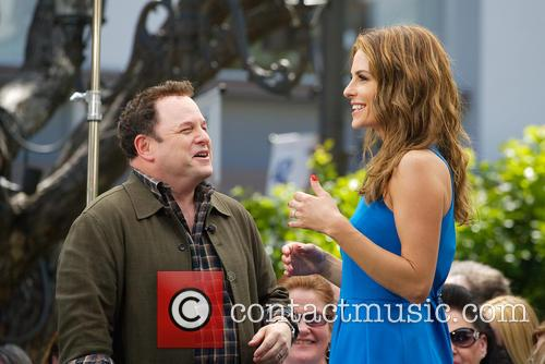 Jason Alexander and Maria Menounos 7