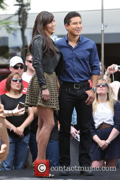 Paula Patton and Mario Lopez 11