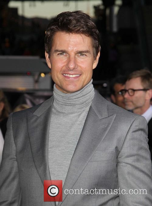 Tom Cruise 32