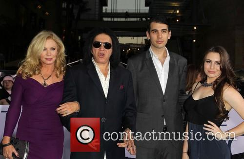 Shannon Tweed, Gene Simmons, Nick Simmons and Sophie Simmons 2
