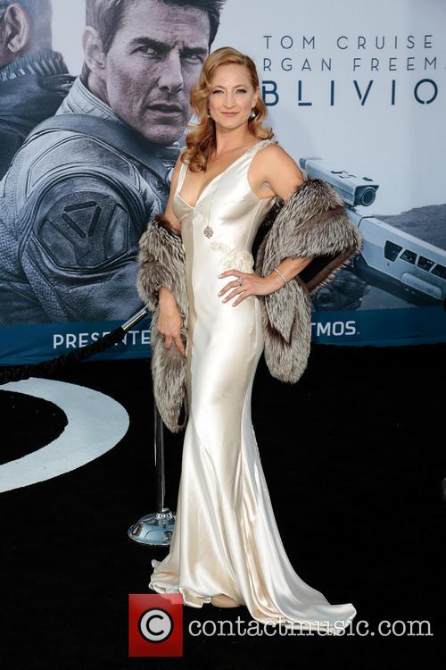 zoe bell los angeles premiere of oblivion 3599688