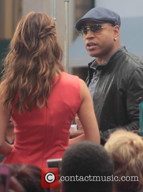 Maria Menounos and Ll Cool J Aka James Todd Smith 2
