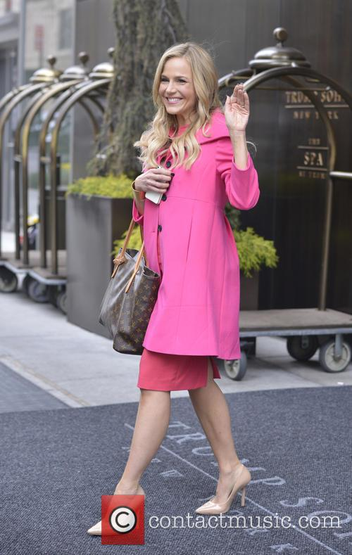Julie Benz 7