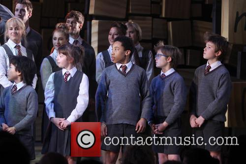 cast of matilda matilda the musical curtain 3601791