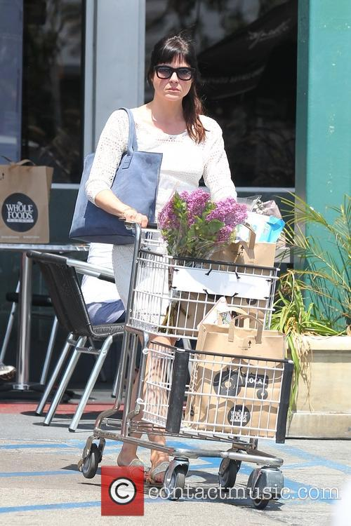 selma blair selma blair shops for groceries 3602717