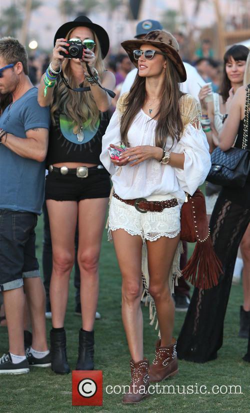 Candice Swanepoel and Alessandra Ambrosio 4