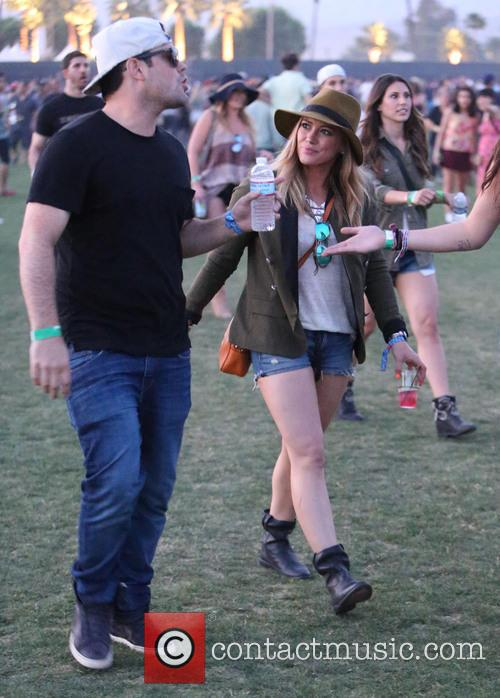 Hillary Duff and Mike Comrie 8