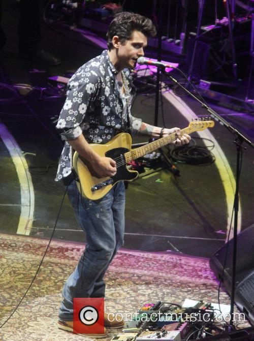 John Mayer makes his appearance at Crossroads Guitar Festival