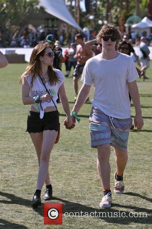 Emma Roberts and Evan Peters 21