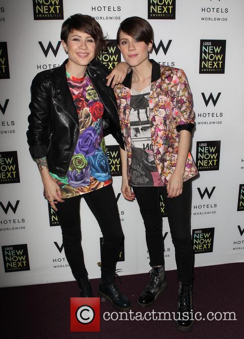 Tegan Quin and Sara Quin 4