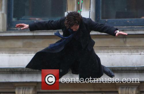 Benedict Cumberbatch leaps of a building in one 'Sherlock' episode