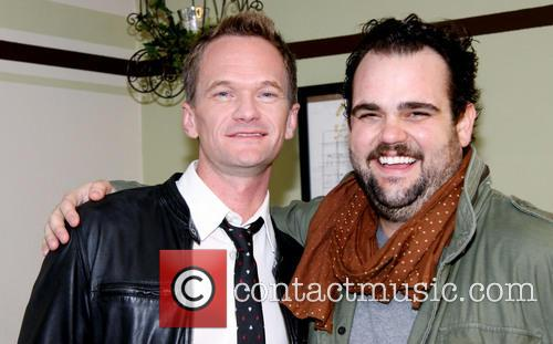 neil patrick harris greg hildreth backstage at the 3604802