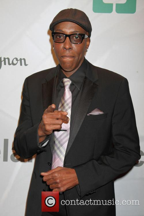 arsenio hall keep memory alive honors quincy 3605833