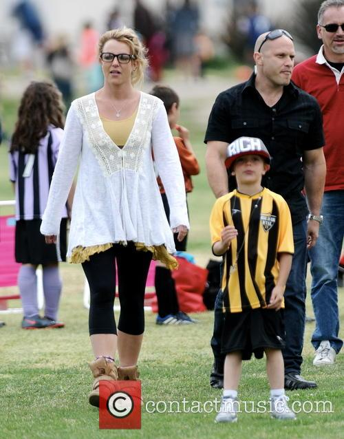 Britney Spears and Jayden Federline 9