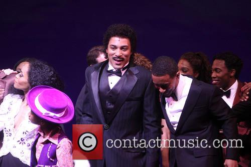 cast curtain call for motown the musical 3607030