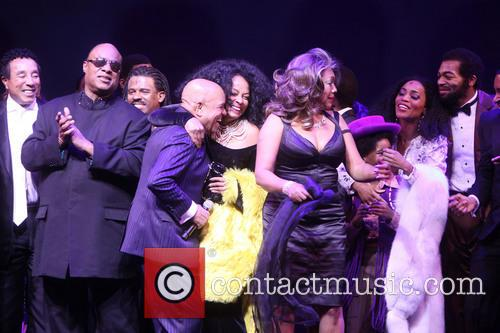 Smokey Robinson, Stevie Wonder, Ryan Shaw, Berry Gordy, Diana Ross, Mary Wilson, Raymond Luke Jr., Valisia Lekae, Br, On Victor Dixon and Cast 8