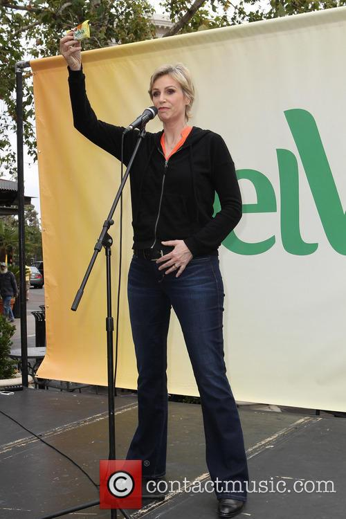 Jane Lynch 17