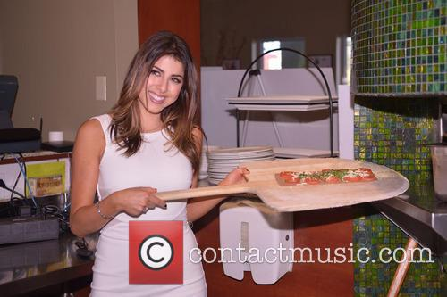 daniella monet celebrities unveil their brand new try 3607589