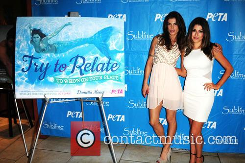 Daniella Monet and Elisabetta Canalis 7