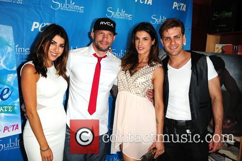 Pablo Azar, Elisabetta Canalis and Ami James 5