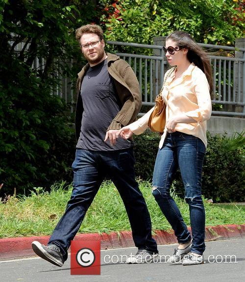 Seth Rogen and Lauren Miller 10