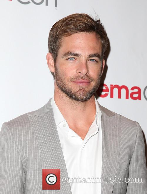 chris pine cinemacon 3608115