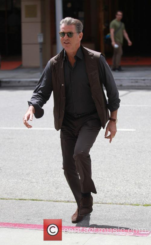 pierce brosnan pierce brosnan out and about 3608434