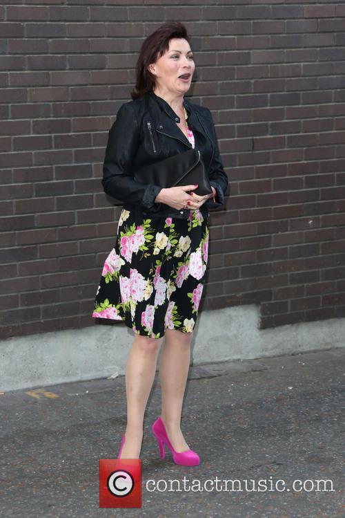 Lorraine Kelly 11