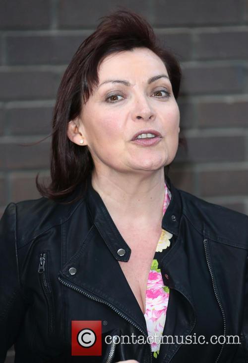 Lorraine Kelly 16