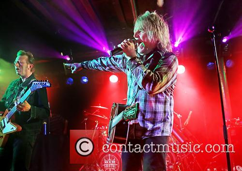 Mike Peters 7
