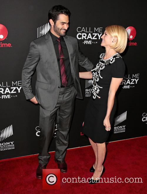 Tyler Hoechlin and Brittany Snow 1
