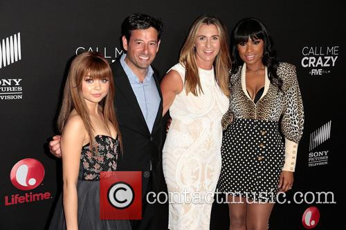 Sarah Hyland, Robert Sharenow, Nancy Dubuc and Jennifer Hudson 2