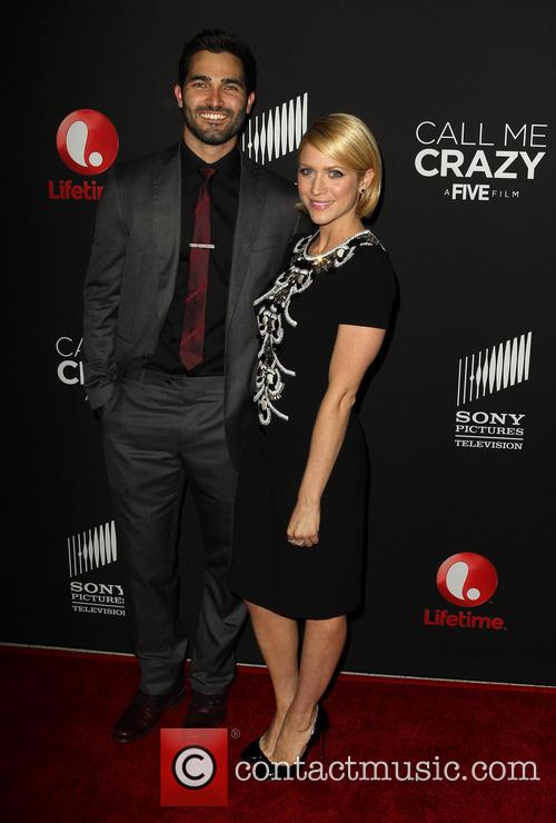 Tyler Hoechlin and Brittany Snow 10