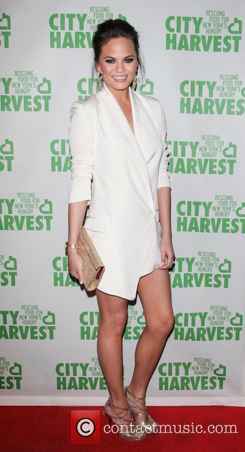Chrissy Teigen 3