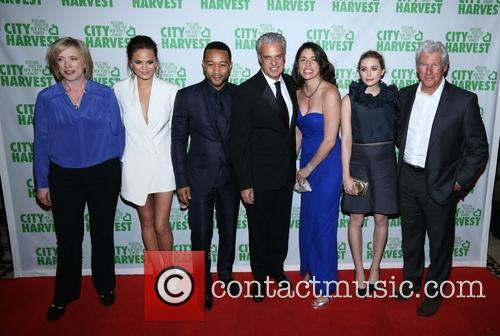 Christine Teigen, John Legend, Elizabeth Olsen and Richard Gere 4