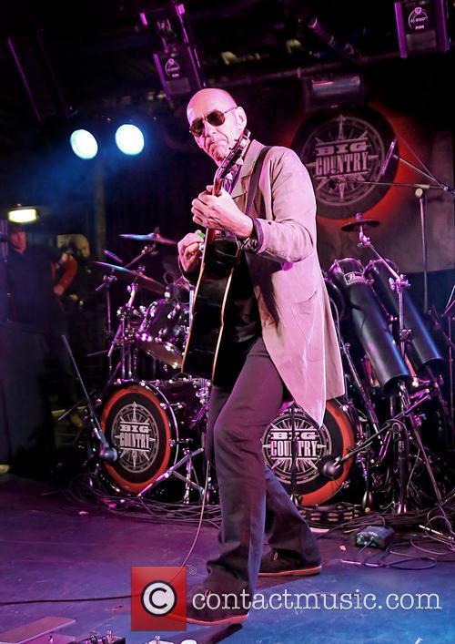 Simon Townshend in Concert