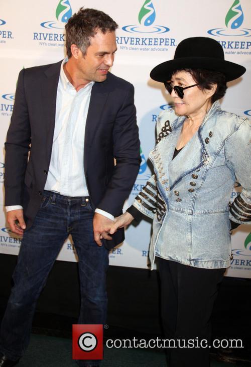 Mark Ruffalo and Yoko Ono 2