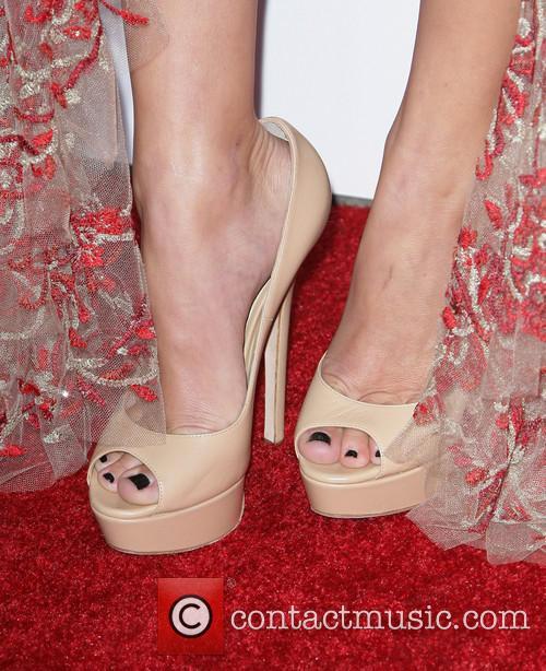 Maika Monroe 3