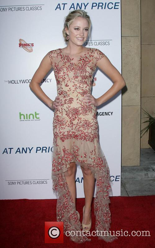 maika monroe at any price premiere 3610737