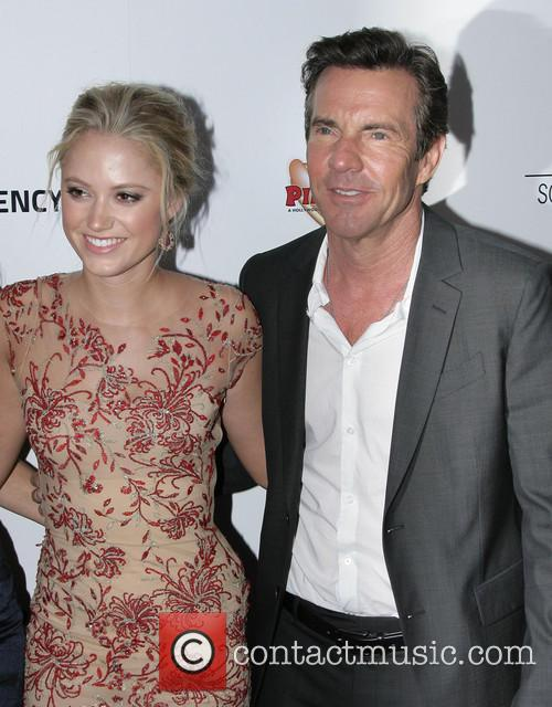 Maika Monroe and Dennis Quaid 8