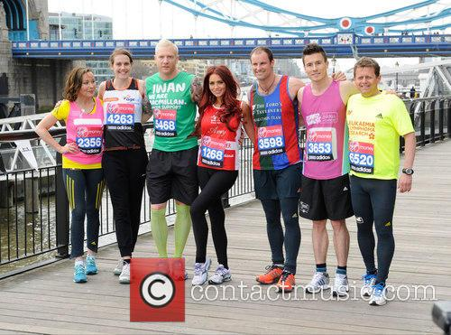 Amanda Mealing, Amy Childs, Andrew Strauss, James Toseland, Euan Thomas, Mike Bushell and Kelly Sotherton 10