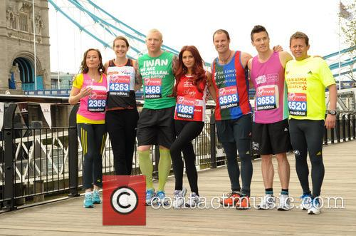 Andrew Strauss, Kelly Sotherton, James Toseland, Iwan Thomas, Amy Childs, Mike Bushell and Amanda Mealing. 9
